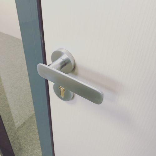 eva-handle